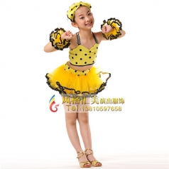 学生舞蹈演出服装设计如何选择