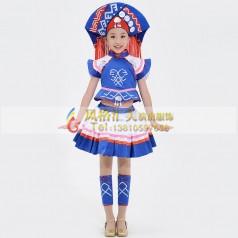 学生民族舞演出服装该如何选择?