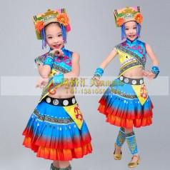 学生舞台演出服装设计定制三大注意点