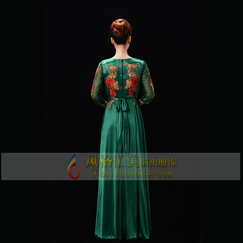 女士新款绿色合唱服装设计