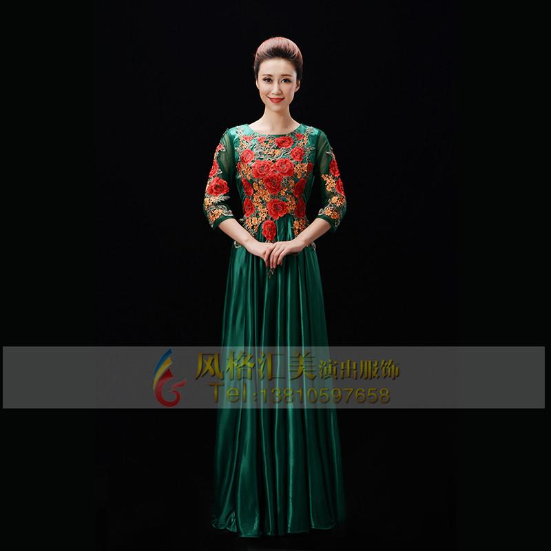 成人女士绿色合唱服装定制