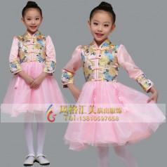 学生合唱演出服装设计思路