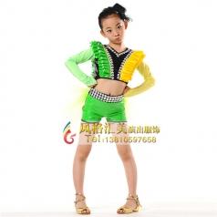 学生舞蹈演出服装该如何选择