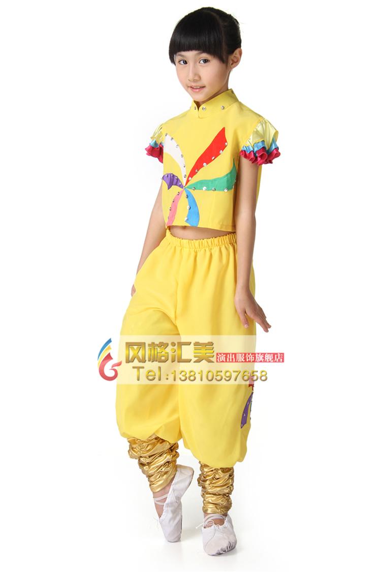 校园学生舞蹈演出服装设计