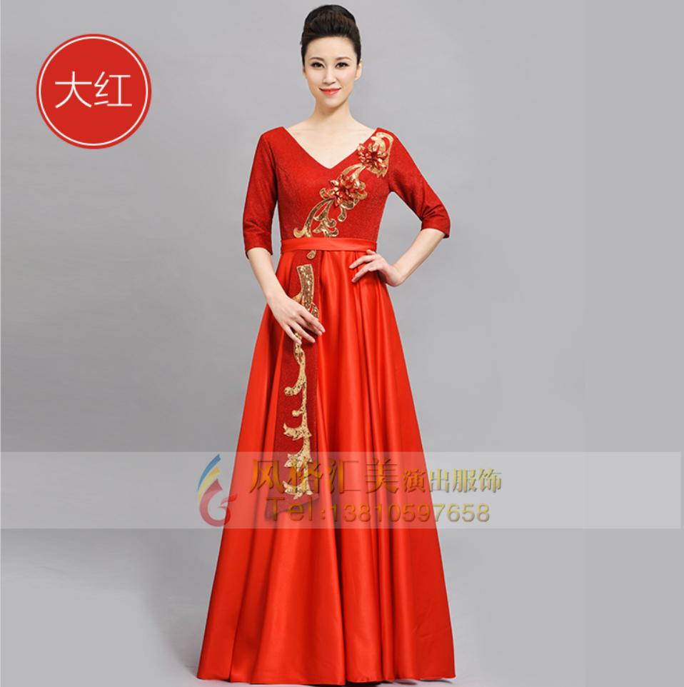 建党百年系列活动--红歌合唱服应该穿什么样的