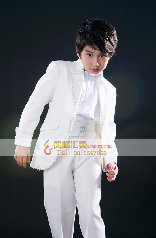 风格汇美演出服饰是北京专注于团体定制儿童合唱西服套装图片