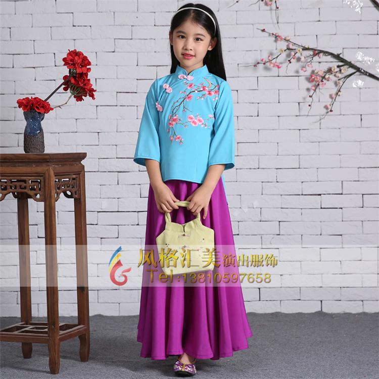 生产,销售一体的行业领导品牌,拥有国内顶尖的儿童古代服装设计师团队