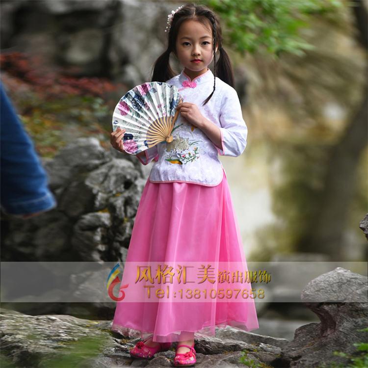 北京风格汇美演出服饰十年专注于儿童古装服装设计,生产