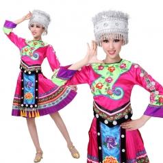 新款少数民族演出服女 苗族舞蹈演出服 瑶族演出服装定制
