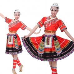 大红色苗族服装 少数民族舞蹈演出服装 苗族舞蹈女可定制