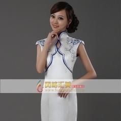风格汇美 白色青花瓷礼仪旗袍奥运礼服 新款中式鱼尾长裙2013新品