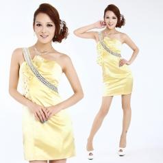 女士黄色小礼服 短款亮片伴娘装  主持人服装