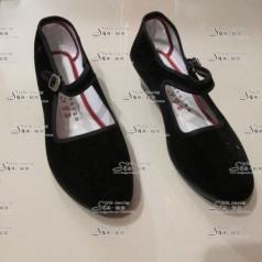 女士黑色舞蹈布鞋  平跟表演鞋