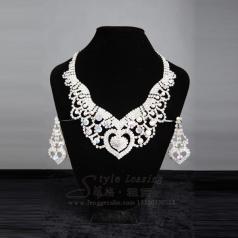 女士彩色镶钻项链 宴会礼服表演饰品