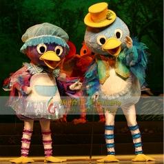 幼儿园童话剧丑小鸭服装表演服定做厂家_风格汇美演出服饰