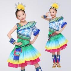 校园民族舞蹈服装儿童舞台演出服装女款苗族舞蹈演出服定制!