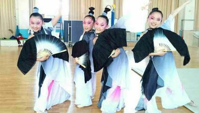 新疆舞蹈服装